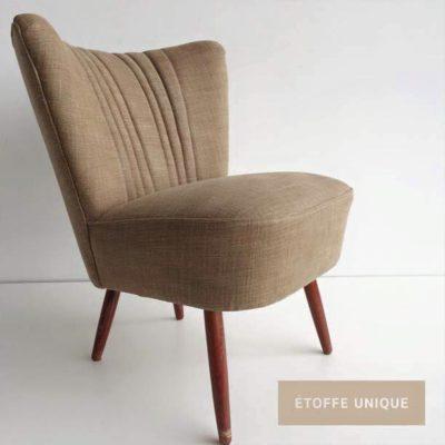 Met linnen gestoffeerde stoel 2
