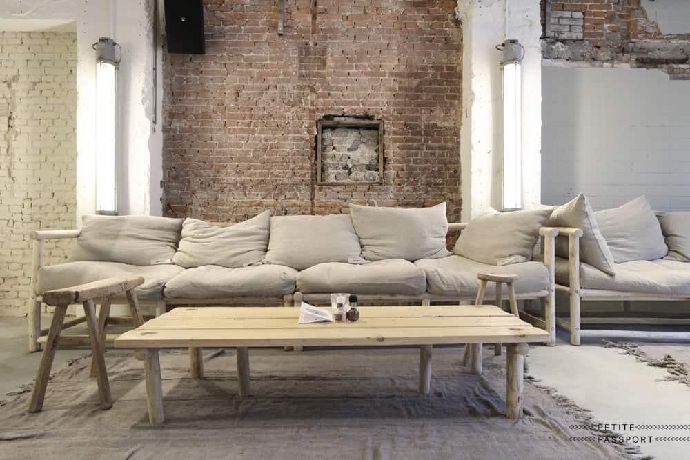 Ruig interieur met linnen stoffen - Atelier Sukha