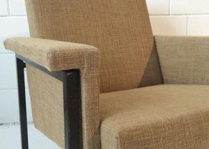 Fauteuil gestoffeerd met linnen stof - Loods 5