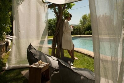 Relaxen bij het zwembad - La Saracina