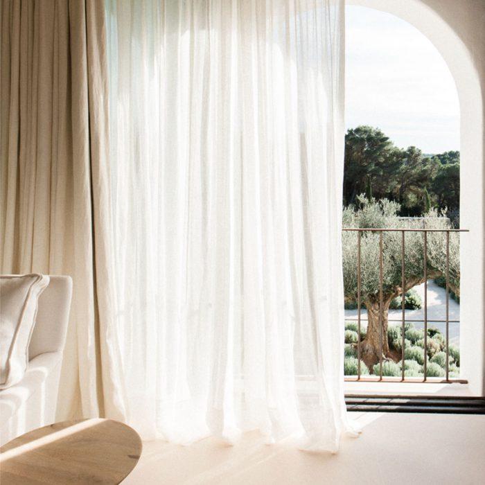 Saint Germain Oatmeal vitrage op Ibiza
