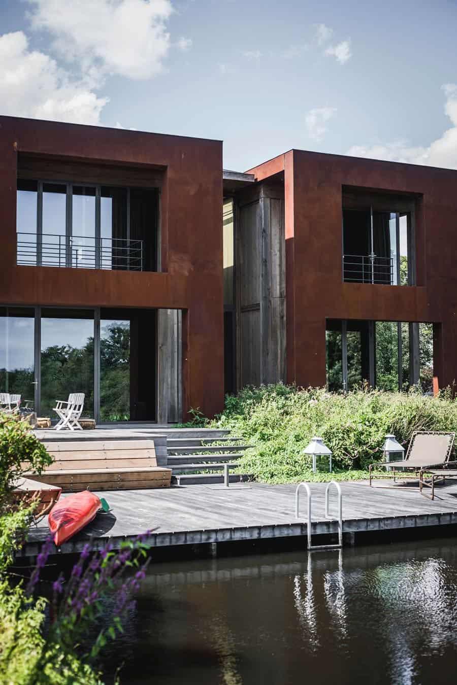 Buitenkant Villa Loenen